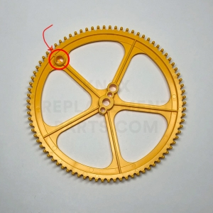 Large Yellow Gear (Offset Socket)